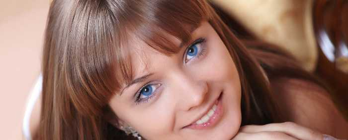Медный цвет волос фото и голубые глаза