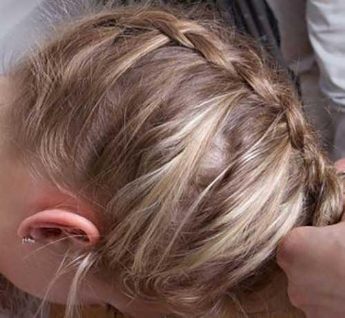 Как сделать пучок с косой снизу вверх шаг за шагом